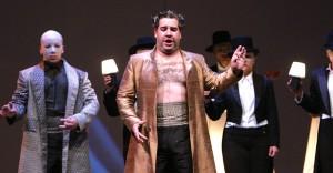 Valeriano Lanchas in The Magic Flute, courtesy Opera de Colombia