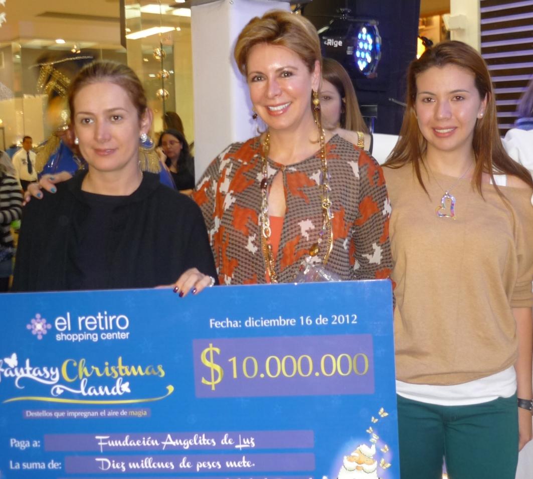 Community- María Paola Mejía, Alessandra Santoro y Natalia Marín Hernández