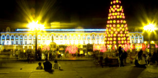 Navidad in Plaza Bolívar