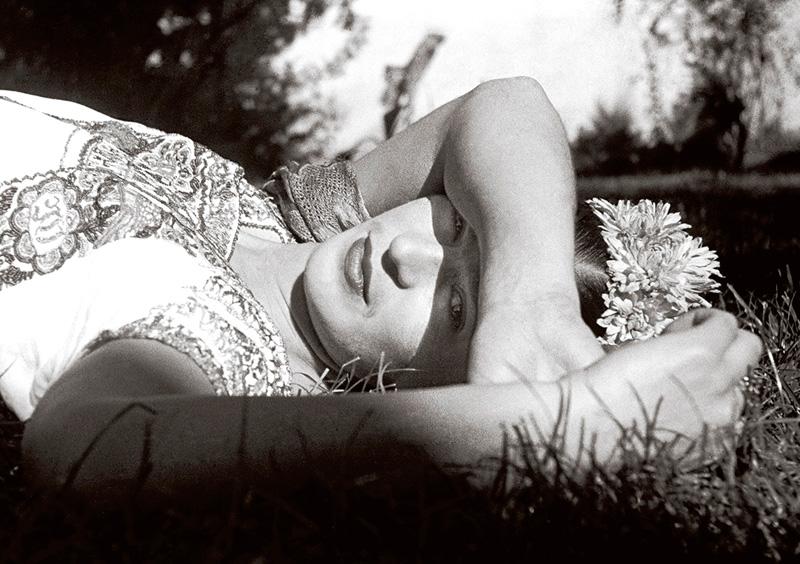 Frida Kahlo by Leo Matiz