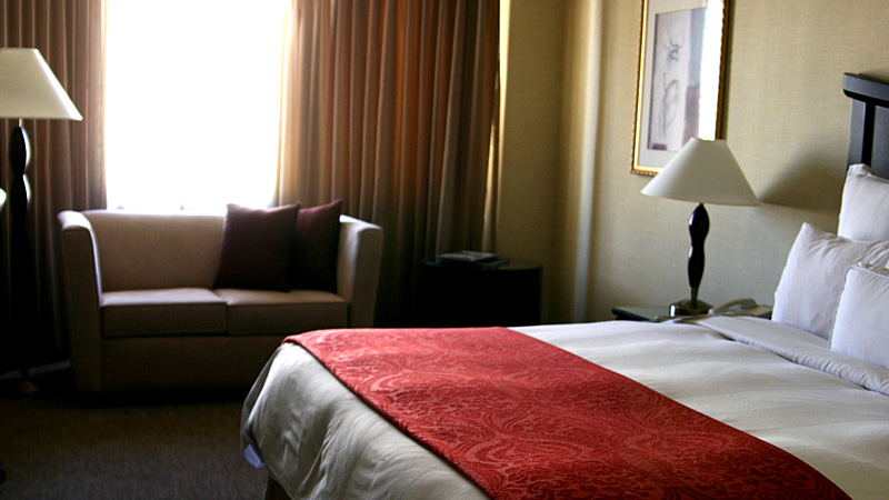 Hotel room by Quinn Dombrowski/Creative Commons