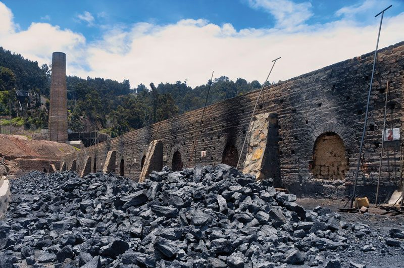 Brick factories and coal mines are a visual statement by photographer Cruz.