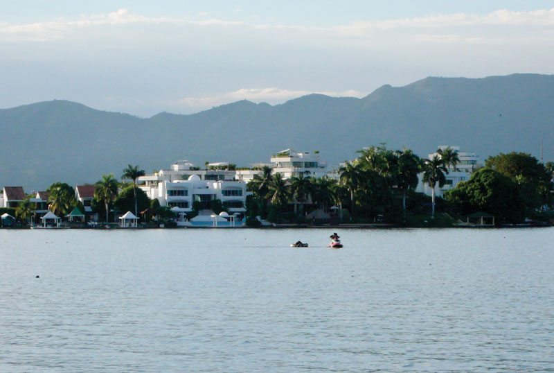 Girardot is one of Colombia's most visited resort towns.