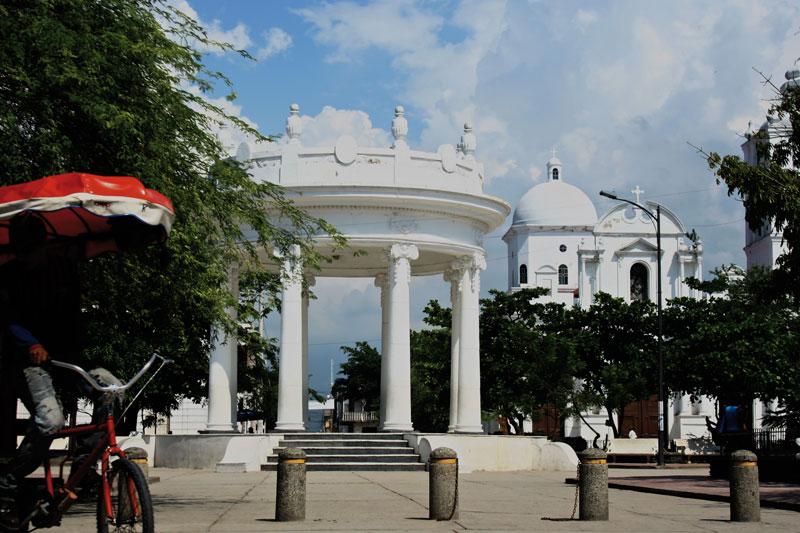 The Republican architecture of central Cienaga.