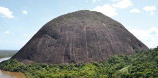 The Cerro El Mono in the Mavecure, Guainia.
