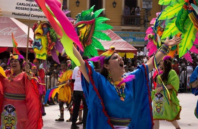 Festival de Blancos y Negros