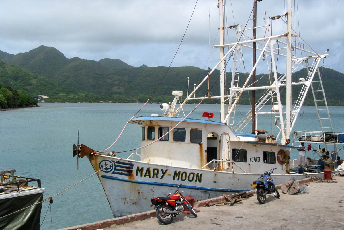 A fishing boat in San Andrés