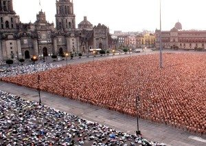 Spencer Tunick's work in Mexico City