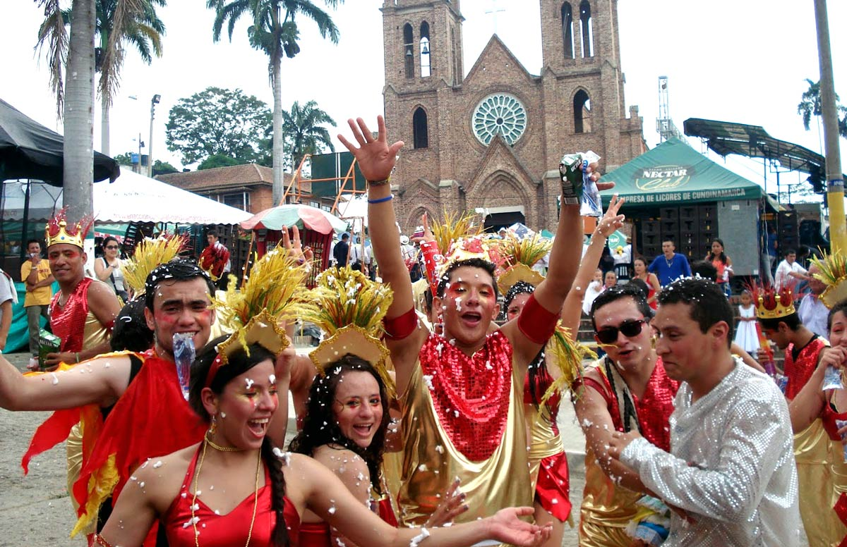 Chaguaní celebrates singleness each May during the Festival del Soltero.