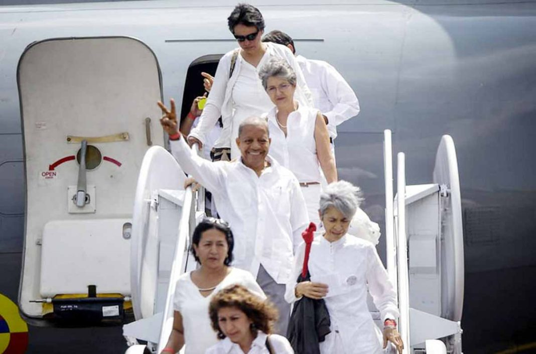 Victims of Colombia's conflict with the FARC arrive in Cartagena. (Photo courtesy Presidencia de la Republica)